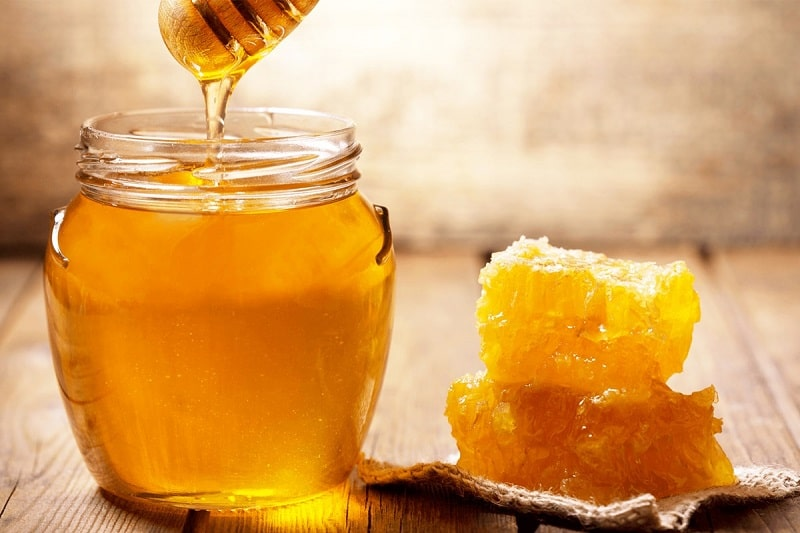 Mật ong vừa có giá trị dinh dưỡng lớn, vừa là phương thuốc trị mất ngủ rất tốt