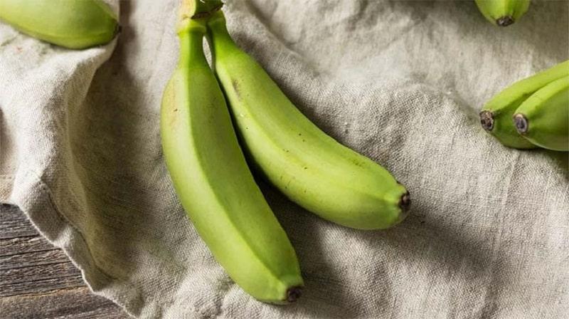 Chuối xanh là nguyên liệu chứa nhiều dinh dưỡng và có tác dụng an thần rất tốt