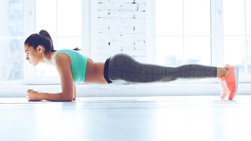 Giảm cân tại nhà với động tác Plank