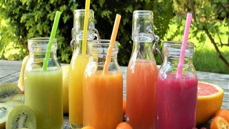Nước trái cây đóng sẵn chứa nhiều đường gây bất lợi cho bạn