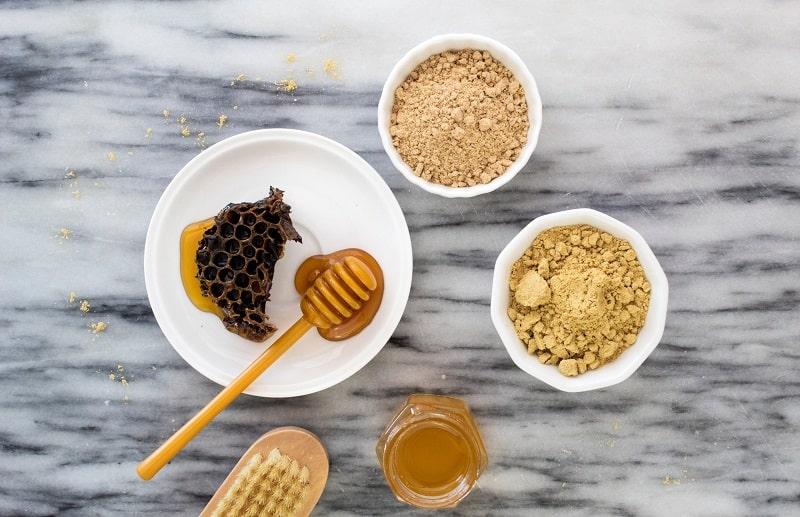 Có thể áp dụng công thức mật ong để cải thiện da