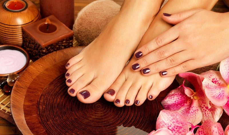 Ngâm chân trước khi đi ngủ giúp bạn thêm thư giãn, giảm căng thẳng