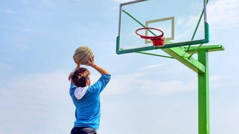 Tập bóng rổ giúp xương pháp triển mạnh mẽ