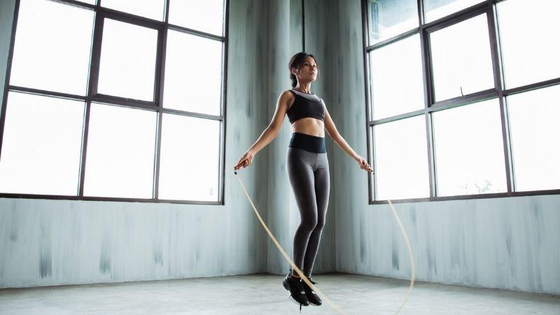 Nhảy dây là bài tập bạn không nên bỏ qua