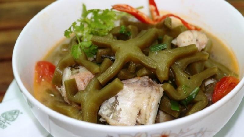 Xương rồng nấu với cá lóc là món ăn ngon các bạn nên thử