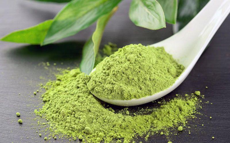 Bột trà xanh còn được dùng làm nguyên liệu để chăm sóc và làm đẹp da