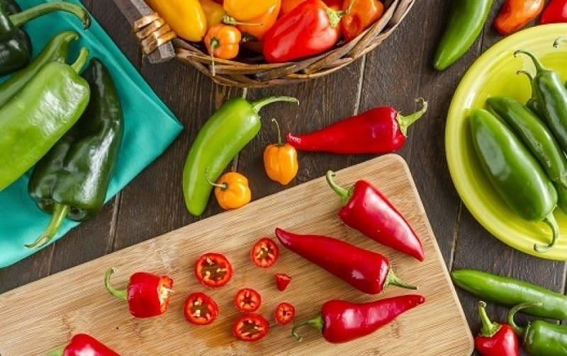 Ăn rau gì để giảm cân? Người thừa cân nên ăn ớt