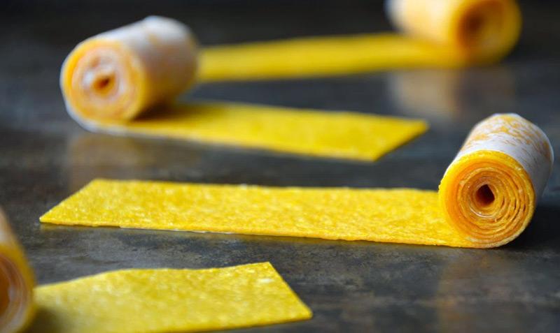 Bánh tráng xoài không dùng đường giúp giảm cân mà vẫn thơm ngon