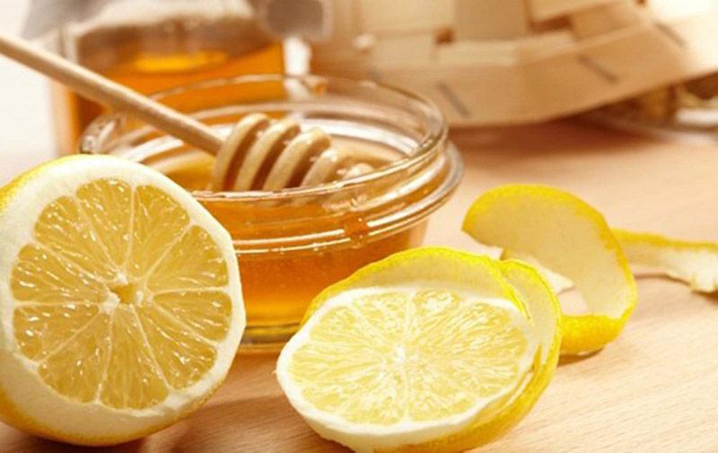 Mật ong và chanh - Hỗn hợp dưỡng trắng da cấp tốc
