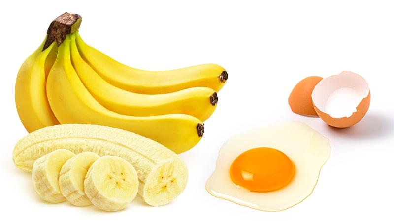 Chuối và trứng gà khi kết hợp với nhau có thể làm ẩm, mịn da và dưỡng trắng