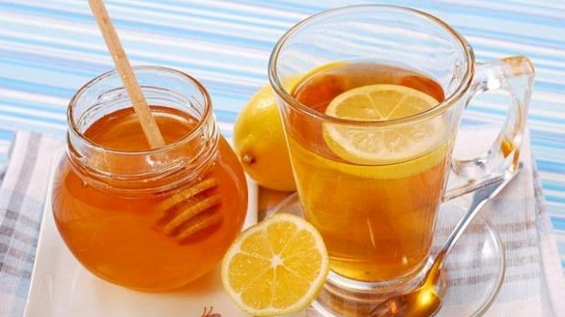 Nước chanh và mật ong giảm cân an toàn