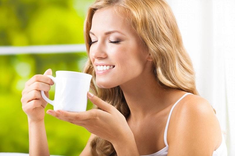 Các bà mẹ có thể uống trà để giảm cân sau khi sinh