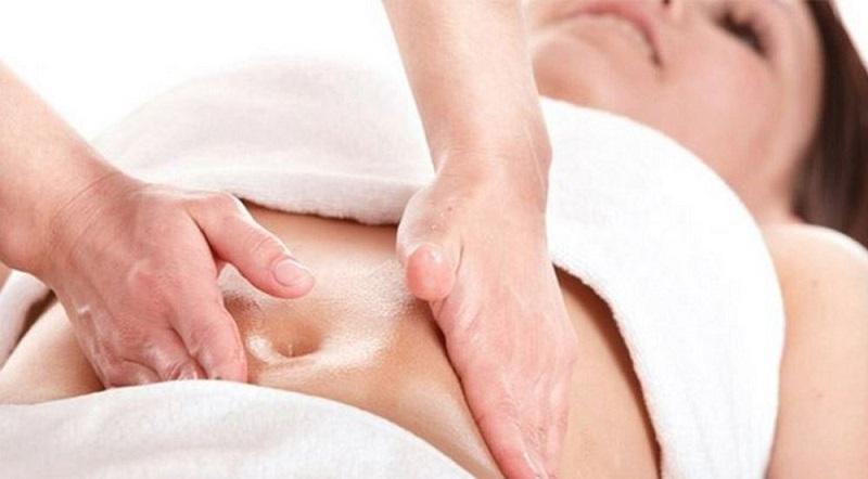 Massage làm nhỏ vòng bụng sau khi sinh