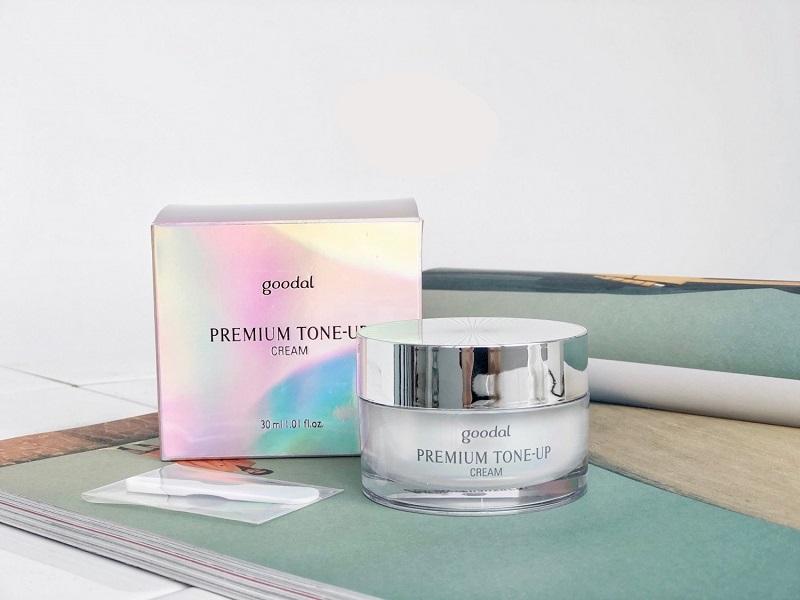 Kem Goodal Premium Snail Tone Up Cream dưỡng trắng cho da dầu