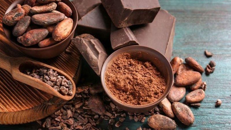 Công thức làm trắng da mặt bằng bã cà phê và bột cacao