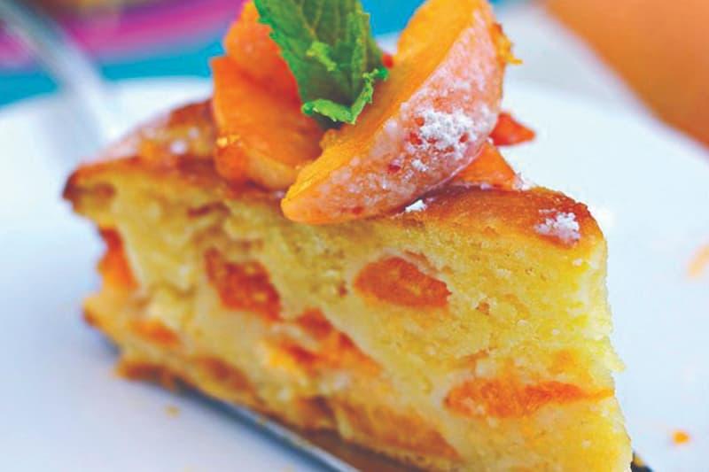 Bánh ngọt quả mơ được nhiều chị em ưa chuộng