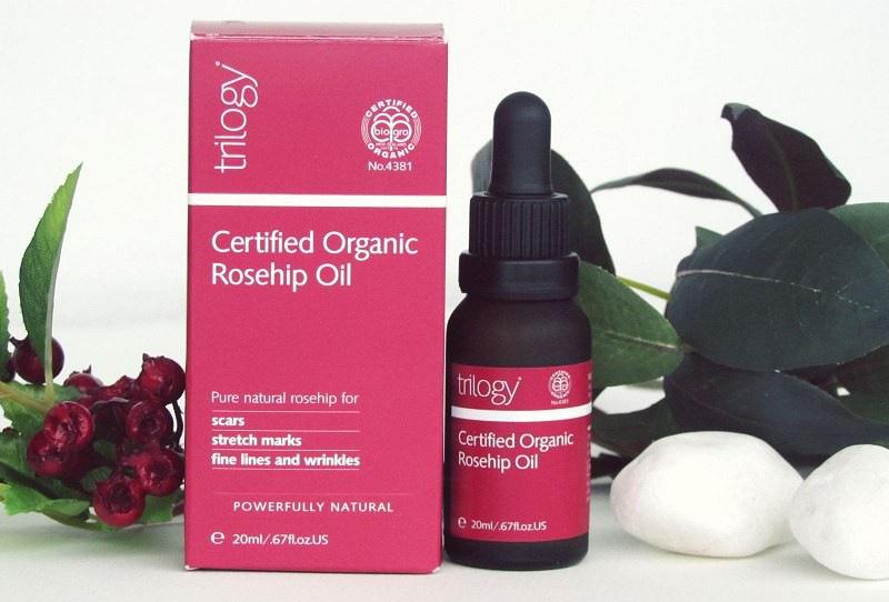 Serum dưỡng trắng da mờ thâm Trilogy Rosehip Oil