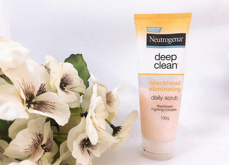 Sữa rửa mặt Neutrogena trị mụn đầu đen, làm sáng da nhanh chóng
