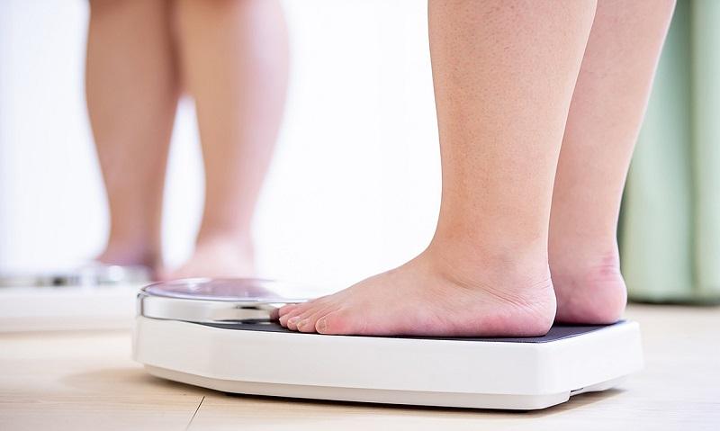 Có rất nhiều nguyên nhân gây tăng cân đột ngột