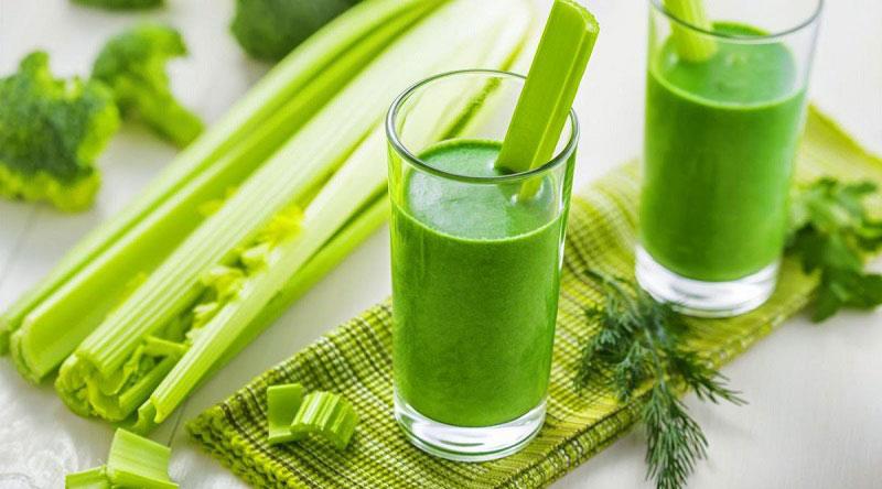 """Nước ép cần tây cũng là một thức uống trắng da từ bên trong mang đến hiệu quả """"thần thánh"""""""