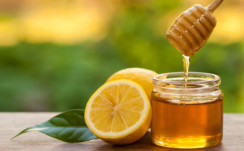 Chanh và mật ong đều có công dụng dưỡng trắng da vượt trội