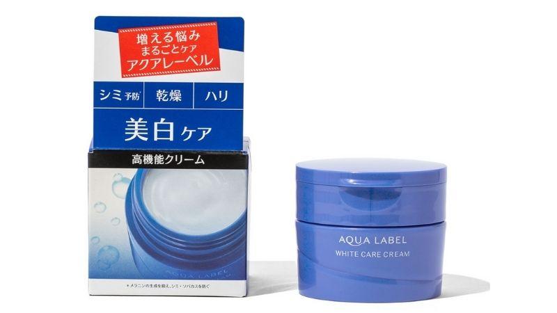 Aqualabel White Care Cream cũng là cái tên được yêu thích trên thị trường làm đẹp