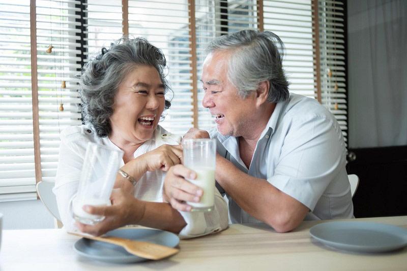Người cao tuổi, bệnh nhân tai biến, đột quỵ, có bệnh tim mạch cần bổ sung dưỡng chất